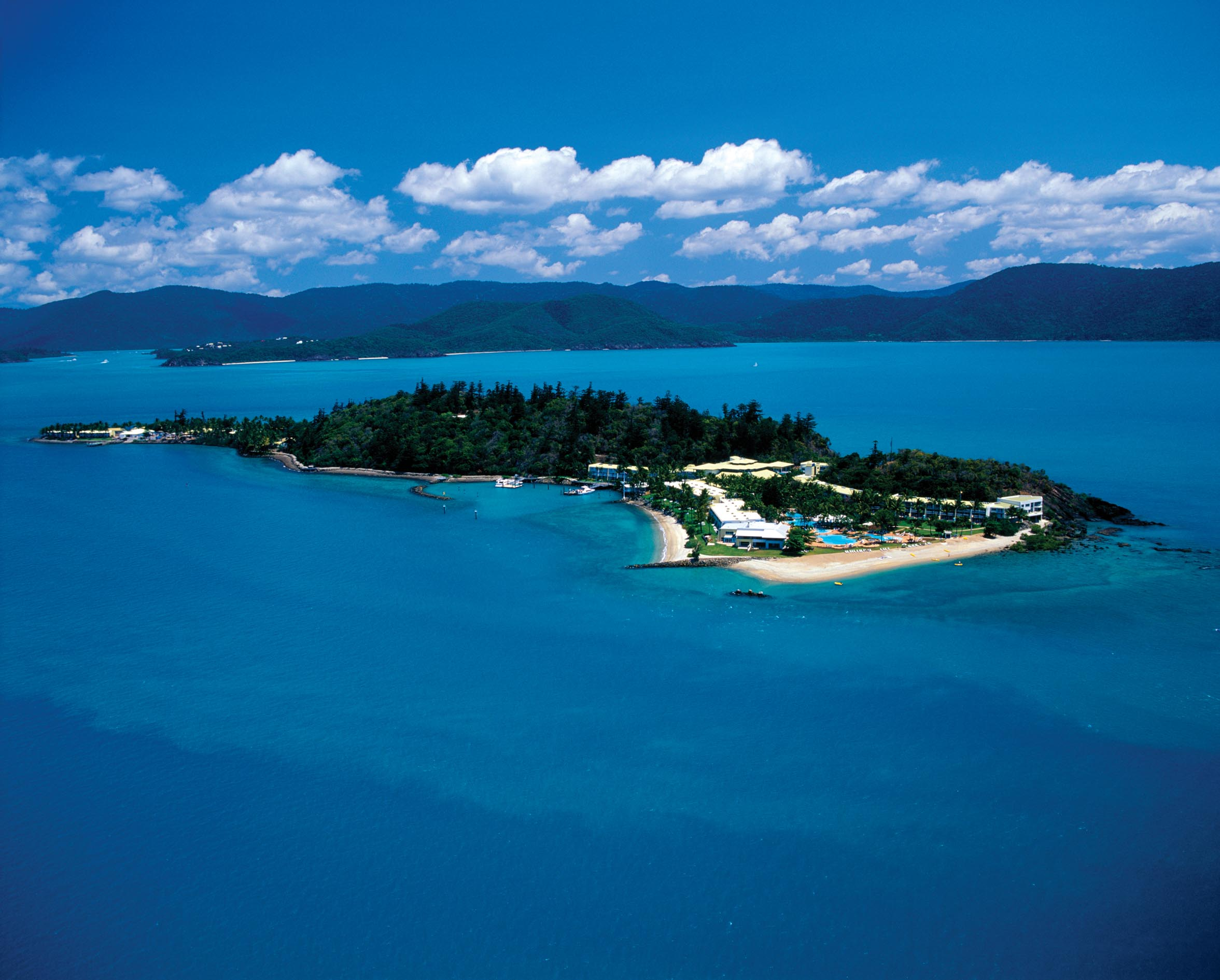 Featured pevonia spa daydream island resort and spa in queensland